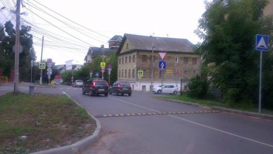 Улица Герцена от Свободы до Ленина вновь стала двусторонней