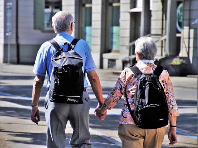 Пенсионеры стали чаще брать ипотеку
