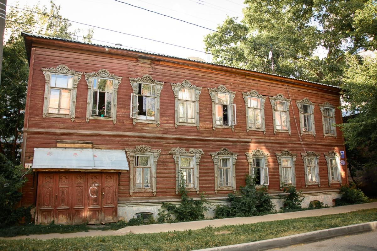 В Кирове власти выставляют на продажу исторические полуразрушенные здания для предпринимателей