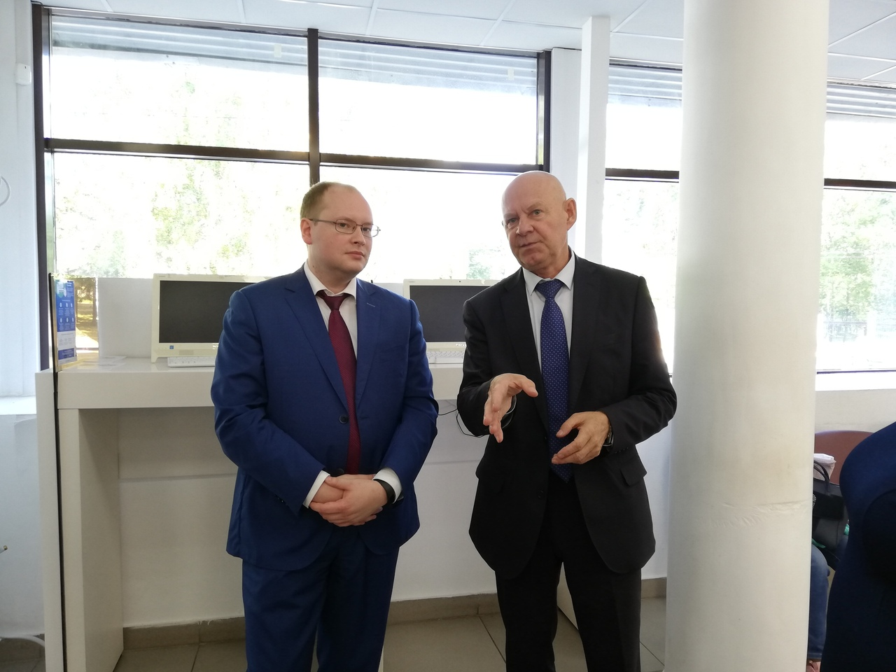 Кировский МФЦ посетил консультант госкопорации «Росатом» Владимир Сабуров