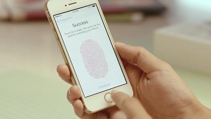 Эксперты МТС узнали цветовые предпочтения кировчан при выборе смартфонов