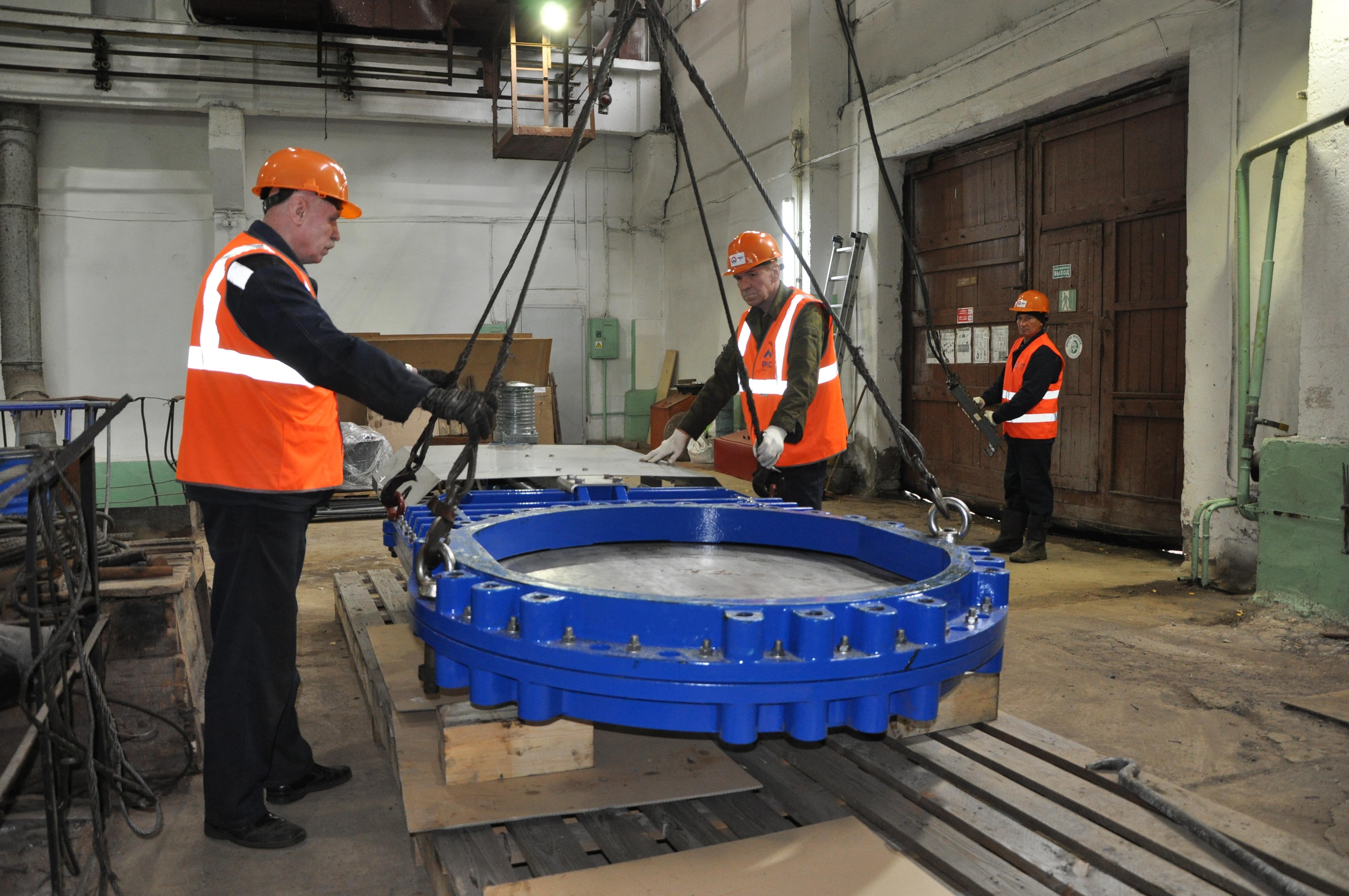 ККС ремонтируют канализационную станцию