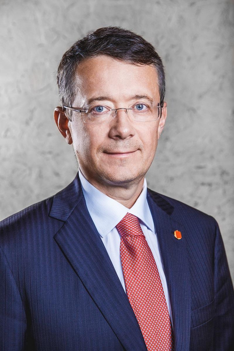 АО «ЭР-Телеком Холдинг» объявляет об изменениях в составе руководства