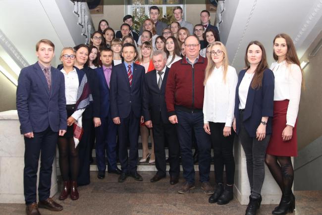 Ректоры кировских вузов поздравили слушателей МАГУ с началом нового учебного года