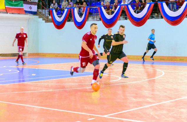 Сборная кировских судей стала четвёртой на окружном турнире по мини-футболу