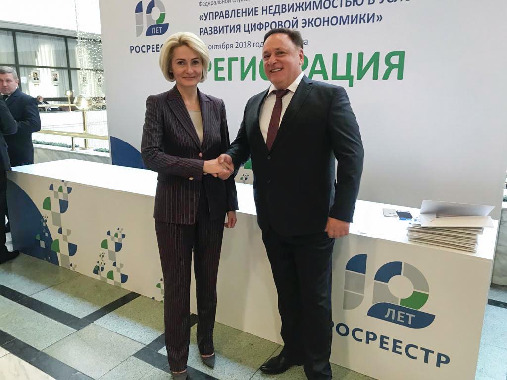 Олег Валенчук: «дачная конституция» – пример плодотворного сотрудничества власти и общества