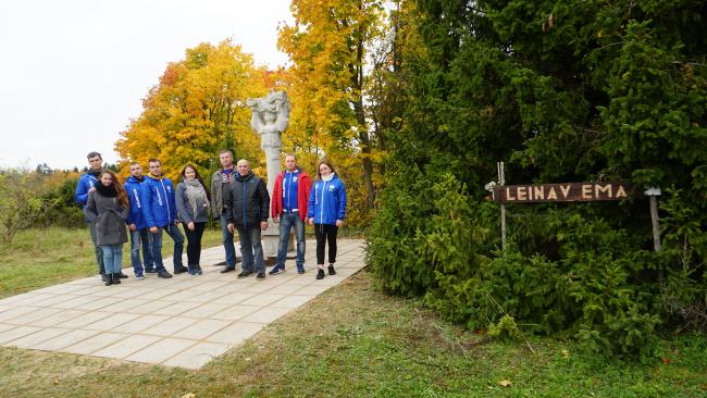 «Это наша общая история»: волонтеры из ВятГУ провели работу по восстановлению воинских мемориалов на территории Эстонии