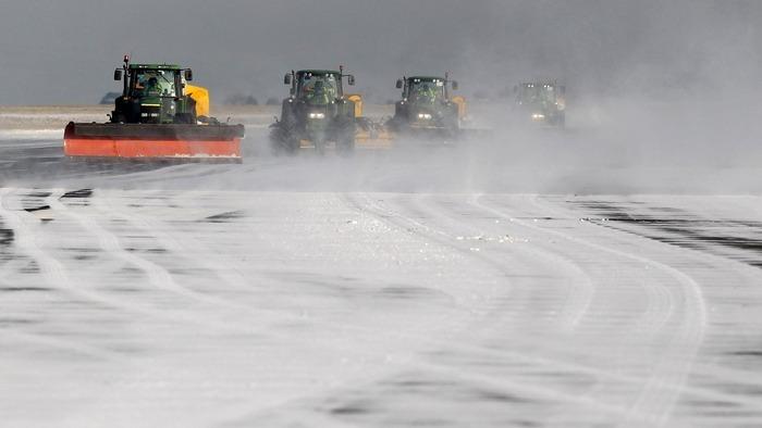 В Кирове проверили готовность всех служб к снегопадам