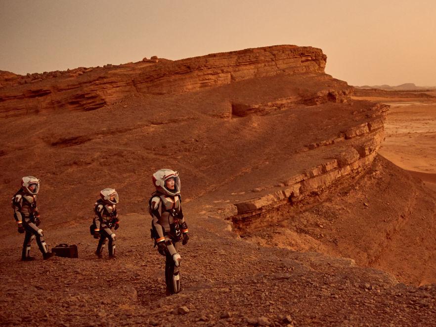 Показ первой серии второго сезона сериала «Марс» состоится в видеотеке «Дом.ru» за неделю до российской премьеры на National Geographic