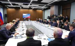Доступность лекарств обсудили на совещании с Президентом