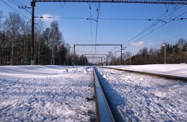 Студентка из Кирова прошла до дома 16 километров вдоль железной дороги