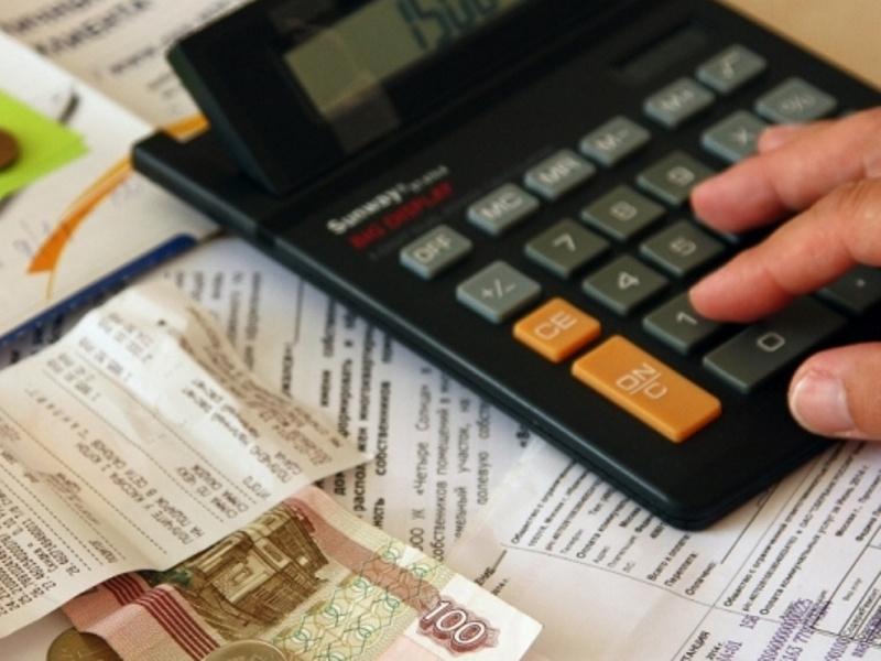 Взыскали более 166 тысяч рублей, арестовали бытовую технику