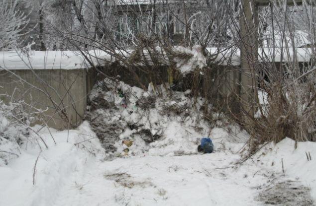 В Кировской области недострой огородили сугробами