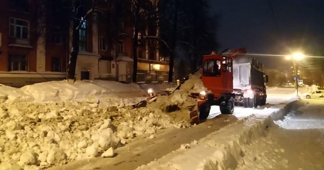 Более 40 участков в Кирове очистят от снега