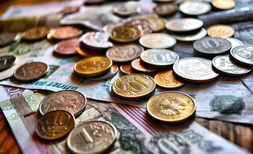 Предел затратам: долги по кредитам ограничили