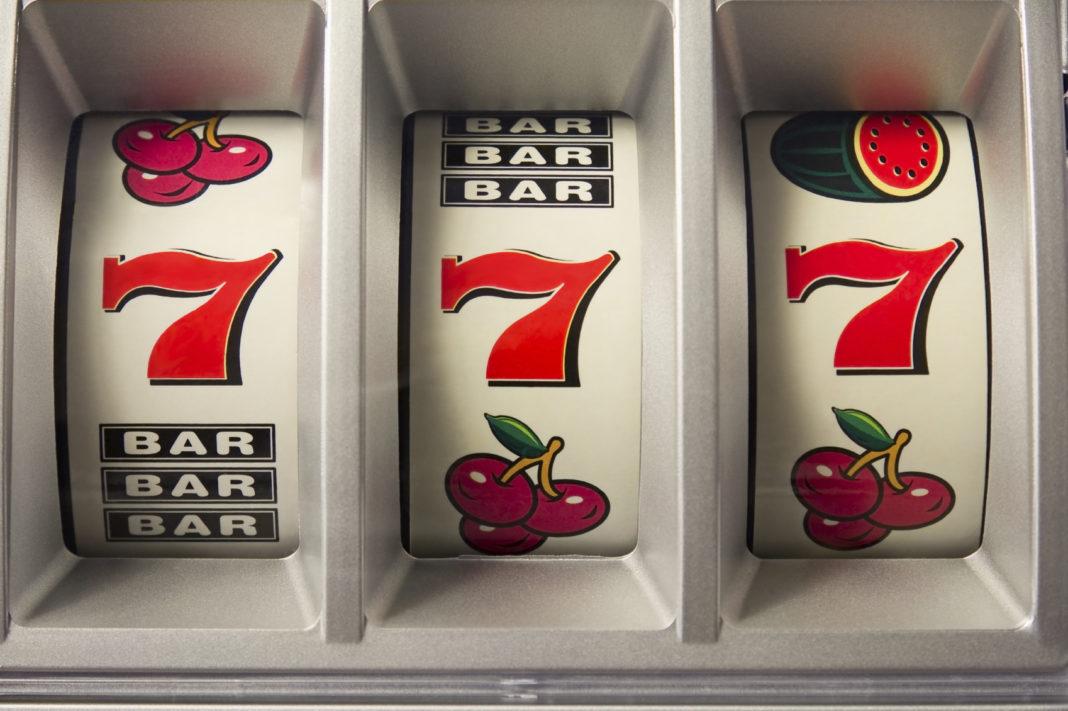 Владелец игровых автоматов проиграл в суде 30 тысяч рублей