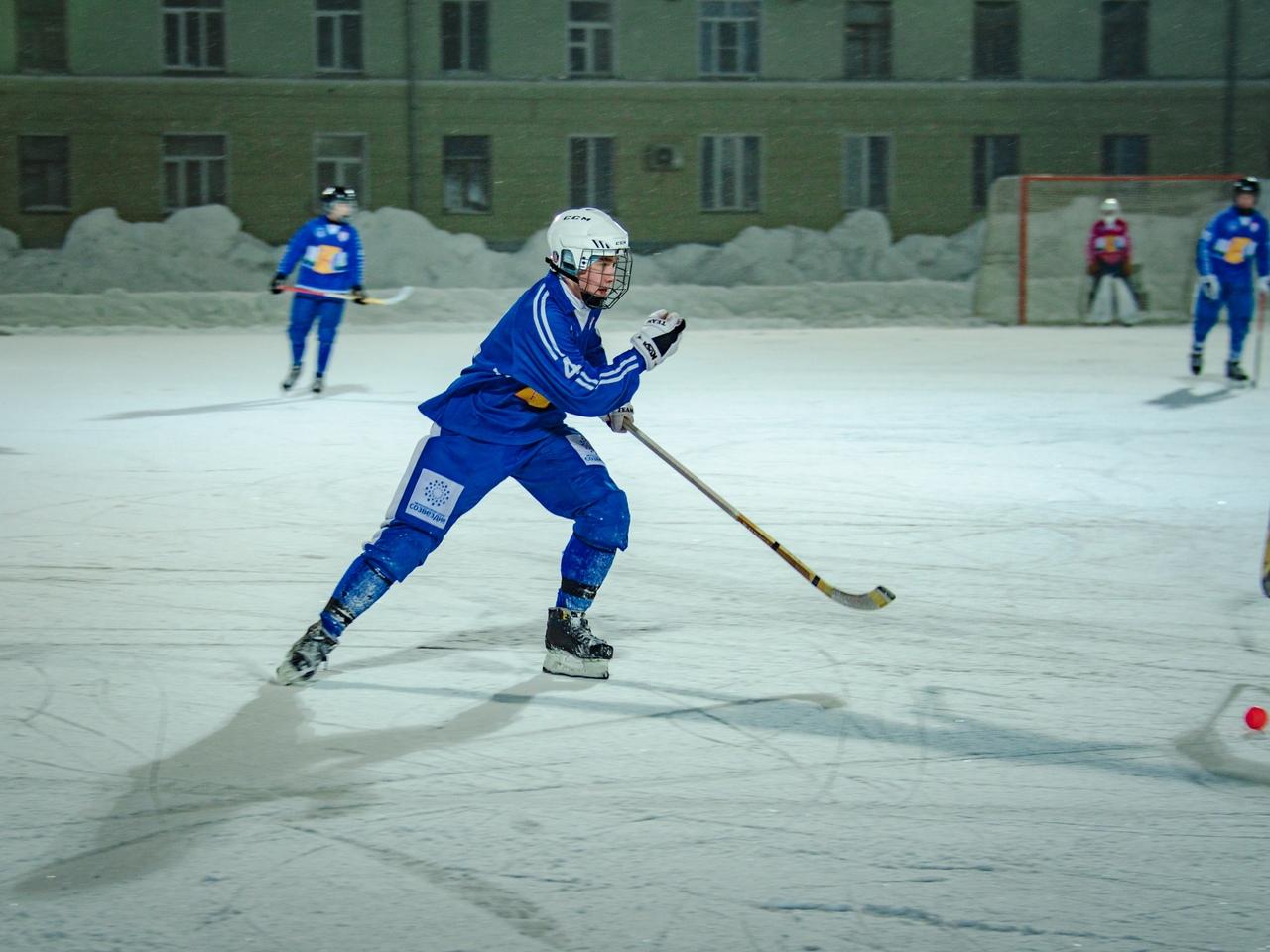 Игры Высшей лиги по хоккею с мячом пройдут  в Кирове