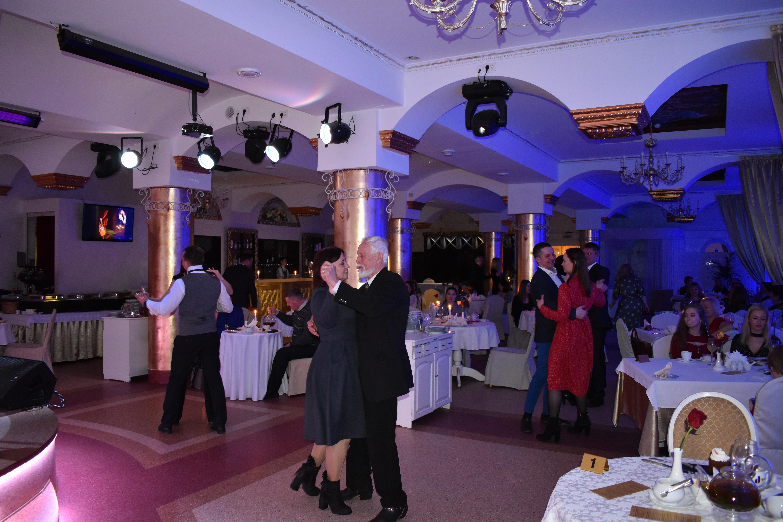 Творческий вечер в ресторане «Россия» собрал любителей романса