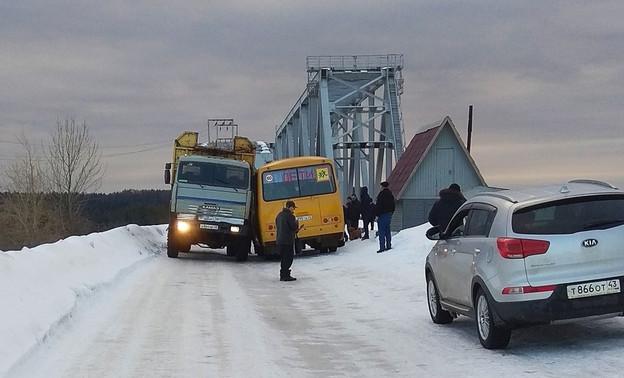 Опасный участок дороги в Лузе приведут в нормативное состояние