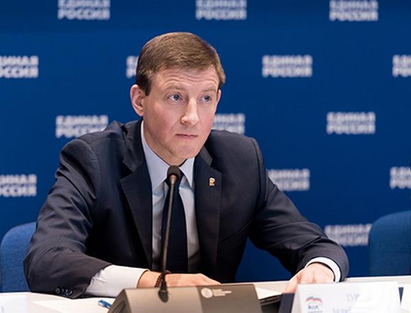 Турчак внес в Госдуму законопроект по упрощению декларирования для работающих на непостоянной основе сельских депутатов