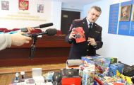 В Кирове наносили логотипы на электронику непосредственно перед продажей