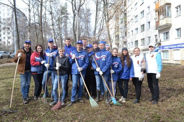 Во всероссийских субботниках «Единой России» в апреле приняли участие больше миллиона человек