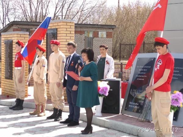 В Вятскополянском районе состоялось открытие памятника воинам