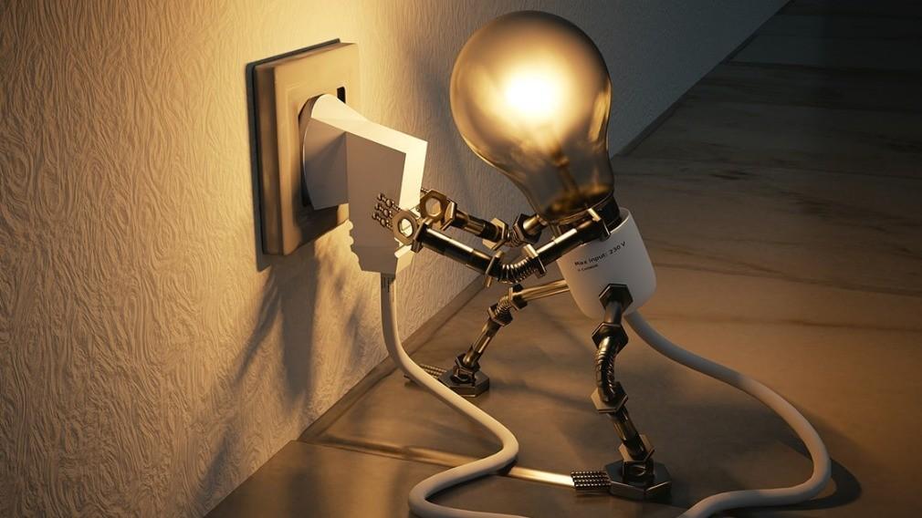 Почти 500 кировчан лишились электроэнергии из-за долгов