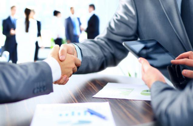 Государство и банки продолжают поддерживать малый и средний бизнес