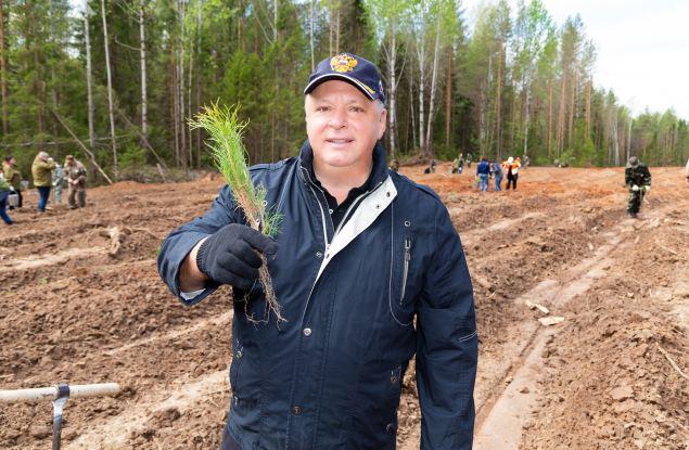 Олег Валенчук: Кировская область – лидер лесной отрасли