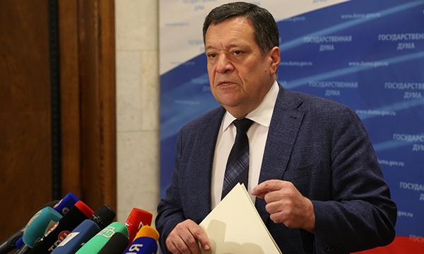 Госдума приняла во втором чтении поправки, разрешающие продажу театральных билетов без кассовых аппаратов