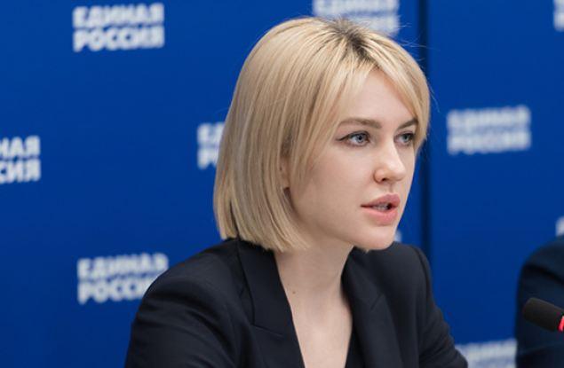 Аршинова направила в правительство России пакет предложений для включения в программу «Земский учитель»