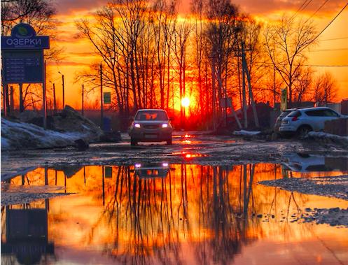 Фотография «убитой» дороги в Озерках победила во всероссийском конкурсе