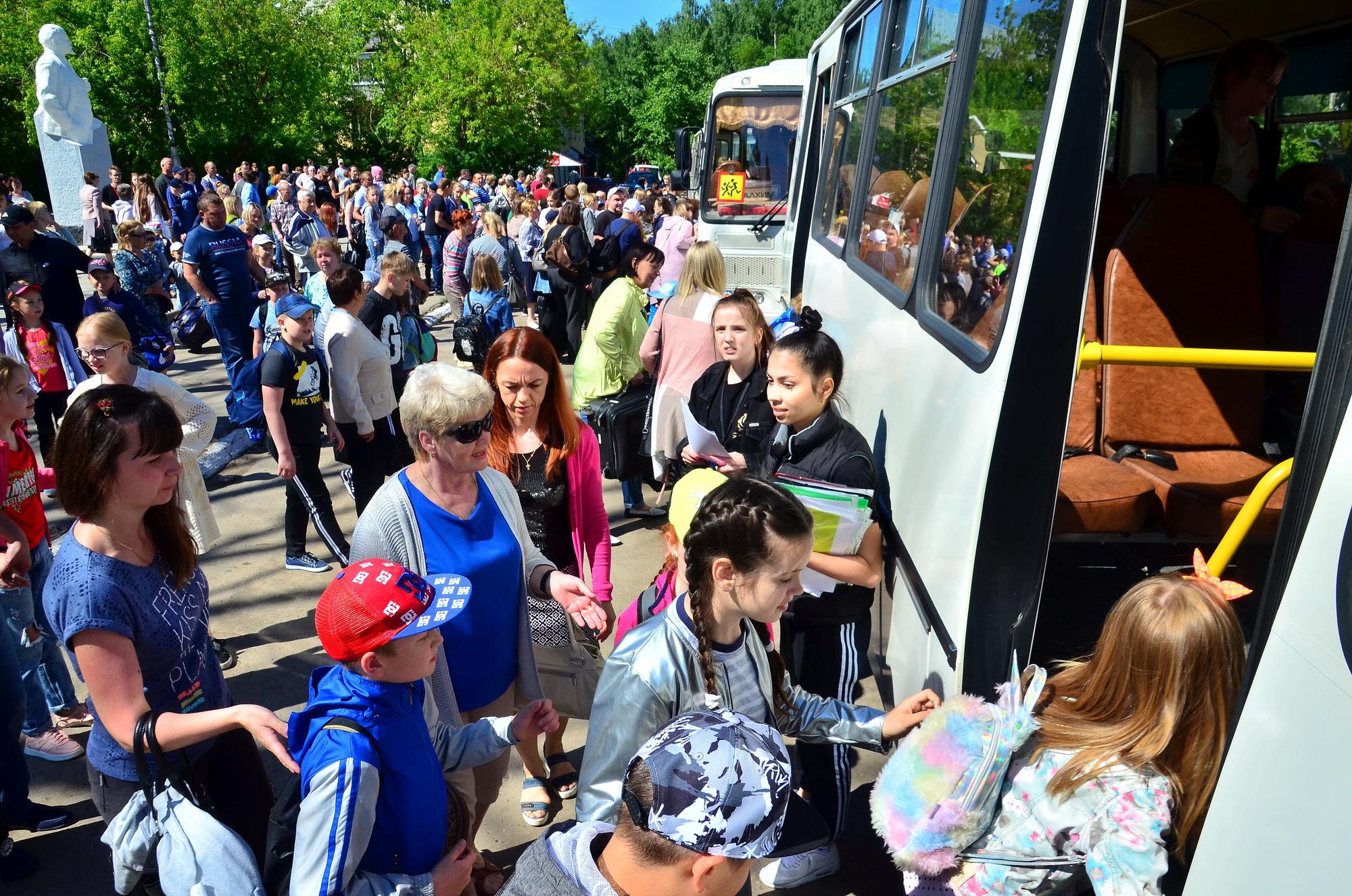 Дети сотрудников филиала «КЧХК» отправились на летний отдых в лагерь «Юность»