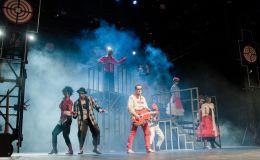От «Культурного изолятора» до нового ZDВИГа: 5 топовых событий уходящего театрального сезона
