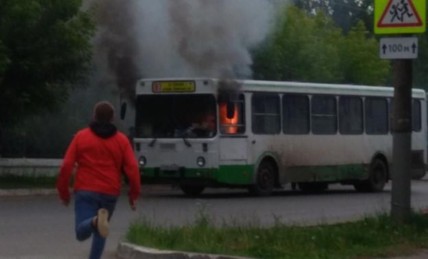 Загоревшийся в Нововятске автобус снова выйдет на маршрут