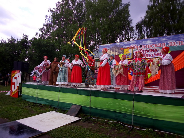 Восьмой год подряд в Кировской области проходит областной фестиваль «Орловская ладья»