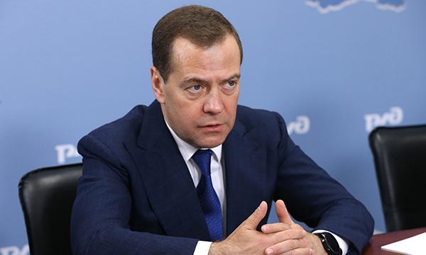 Дмитрий Медведев в своей авторской статье объявил курс на перемены «Единой России»