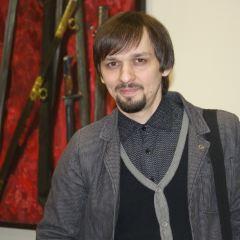 Максим Наумов