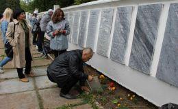 Семья из Казахстана нашла в Кирове могилу погибшего на войне родственника