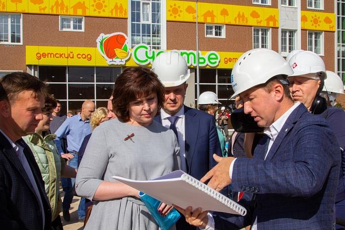 Строительство 15 детских садов в Кировской области идет по графику
