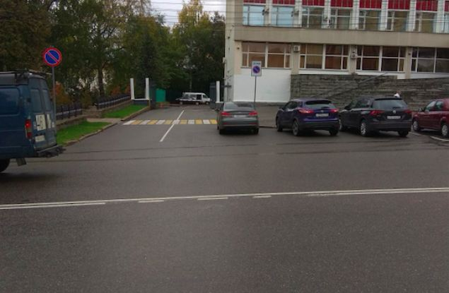 Двойная сплошная «докатилась» до центра Кирова