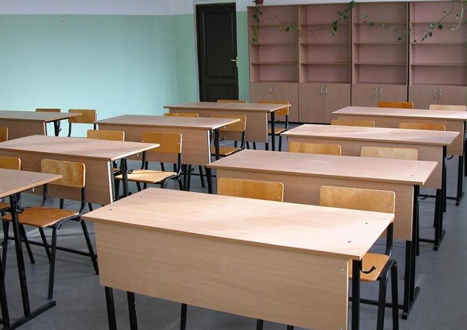 В Кировских школах наркотики не обнаружили