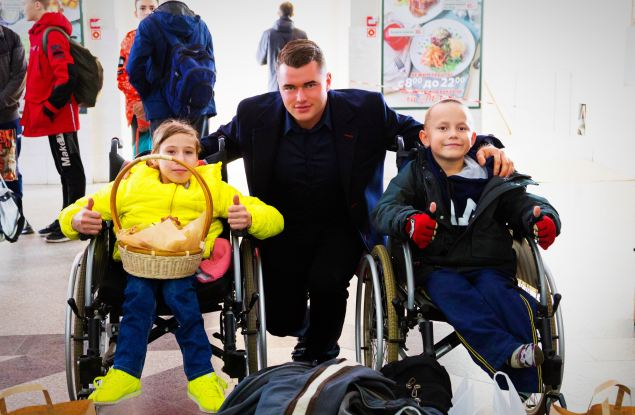 Павел Валенчук взял шефство над детьми, занимающимися силовыми видами спорта