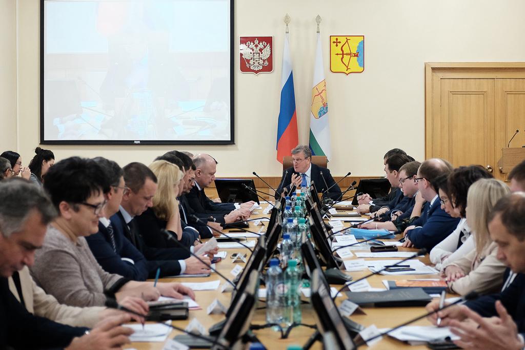Еще ниже. Уровень социально-политической устойчивости Кировской области падает