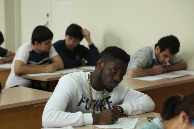Экономика и управление - самое популярное направление подготовки в ВятГУ среди студентов из Африки