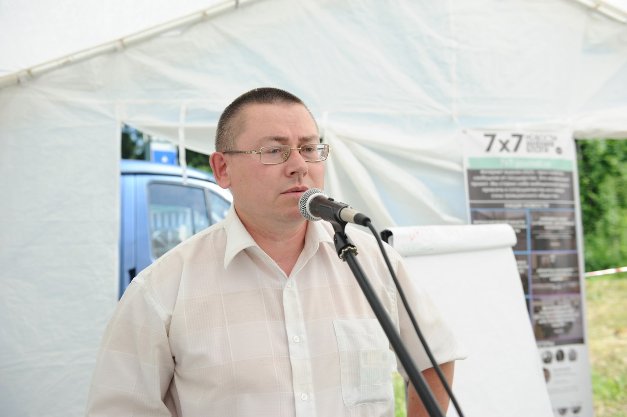 Игорь Олин