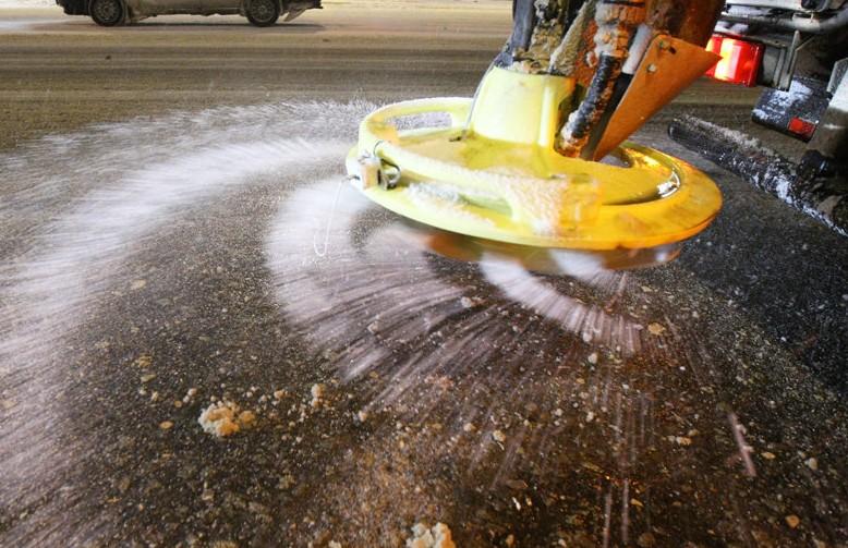 Дорожные службы города переходят на зимний режим работы
