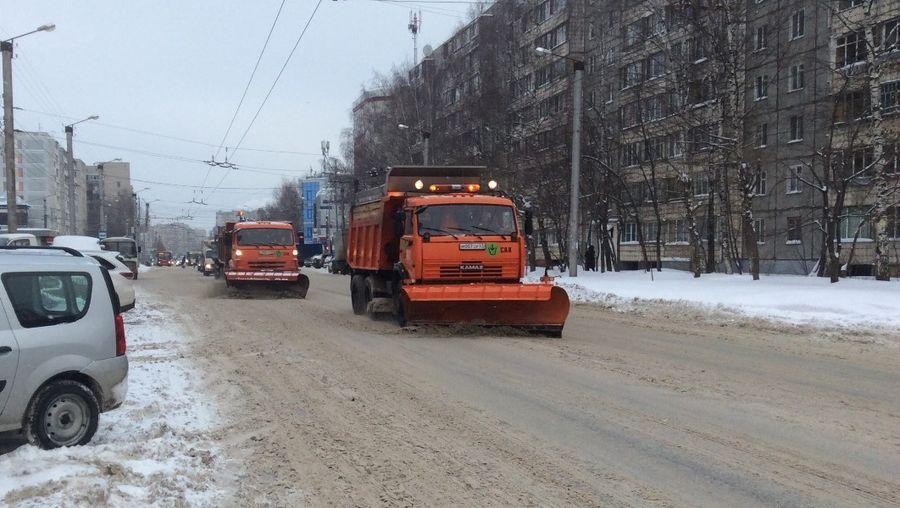 Дорожники готовы начать бороться со снегом и льдом